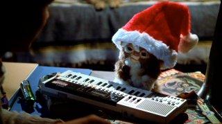 Gizmo Claus!